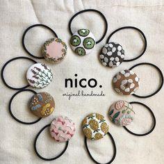 足りなくなっていた材料の買い出しにもやっと行けたので、また今日からスイッチ入れてお仕事します! 刺繍のヘアゴムは @nailsaloncharozakka さんへ。 しばらくイベント出店はお休みするので、委託販売が中心になります。 これまで以上にマイペースな活動になりますが、よろしくお願いします^^ #handmade #刺繍 #刺繍ヘアゴム #nico. Embroidery On Clothes, Embroidery Jewelry, Hand Embroidery Designs, Beaded Embroidery, Embroidery Stitches, Diy Sewing Projects, Sewing Crafts, Okuda, Mini Cross Stitch