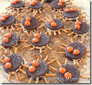 spider treats for movie day (Charlotte's web?)