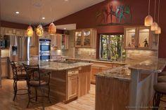 Traditional Light Wood Kitchen Cabinets #172 (Kitchen-Design-Ideas.org)