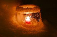 Linternas de hielo - Big in Finland     - Ice Lantern by timo_w2s, via Flickr