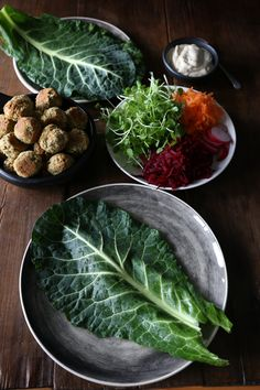 Nutty chickpea felafel, fresh vegetables and tahini sauce wrapped in collard greens. Healthy Dinner Recipes, Whole Food Recipes, Vegan Recipes, Savoury Recipes, Falafel Wrap, Homemade Tahini, Whole Food Diet, Clean Eating Dinner, Collard Greens