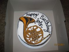 Top view of french horn cake Music Note Cake, Mellophone, Music Cakes, Band Nerd, French Horn, Celebration Cakes, Cake Art, Amazing Cakes, Birthday Cakes