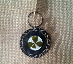 Real Four-leaf clover, Keyring leather and glass, Good luck, Talisman, Amulet