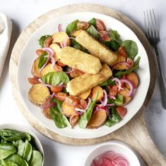 Fetakroketjes met geroosterde zoete aardappelsalade