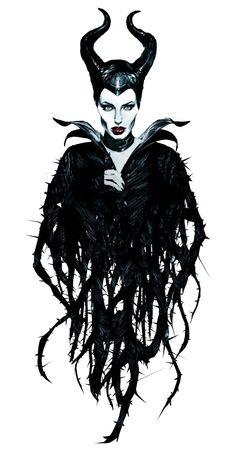 Angelina Jolie did a magnificent job in maleficent. Maleficent Tattoo, Maleficent 2014, Maleficent Movie, Maleficent Drawing, Maleficent Halloween, Drawing Disney, Arte Disney, Disney Magic, Disney Art