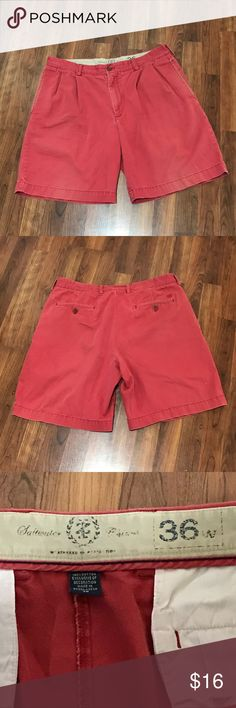 Men's Saltwater IZ Chinos Sz 36 Men's Red Saltwater IZ Chinos, Sz 36.  These shorts have been gently worn and show no signs of stains, snags or tares.    All my items are from a smoke free home and offers are always welcome!  🛍😊🛍 IZ Shorts