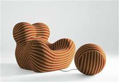 #modern #organic Armchair: SERIE UP 2000 - Collection: B&B Italia - Design: Gaetano Pesce; inspired by female form and umbilical cord connecting child #seating