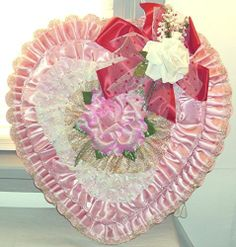 LRG VTG VALENTINE'S PINK RUFFLED SATIN DOUBLE HEART CANDY BOX w/PINK WHITE ROSES