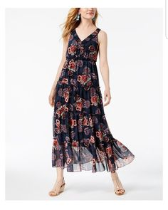 Want this kind of maxi dress. Lightweight and very cool to beat the summer heat.
