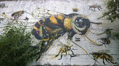This giant bee can be seen in a car park on Hackney Road, close to the Shoreditch end