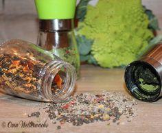 Rezept Papaya-Pfeffer-Gewürzmischung von Oma Wetterwachs - Rezept der Kategorie Grundrezepte