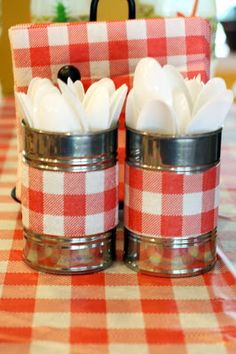 Some very cute, inexpensive decorating ideas – life as we know it: camping theme… Some very cute, inexpensive decorating ideas – life as we know it: camping themed birthday party Picnic Theme, Picnic Birthday, 1st Birthday Parties, Picnic Tables, Birthday Ideas, Campfire Birthday Parties, 70th Birthday, Picnic Party Favors, Table Party