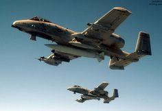 大名鼎鼎的 A-10 攻击机