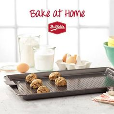 Mrs. Fields Cool Bake Cookie Pans Giveaway
