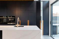 Deakin Residece - Kitchen Black Interior Design, Residential Interior Design, Interior Styling, Interior Decorating, Contemporary Design, Modern Design, Natural Stone Wall, Timber Cladding, Modern Kitchen Design