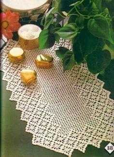 Artesanato com amor...by Lu Guimarães: Centros de mesa trilhos, guardanapos, toalhinhas tudo com gráfico