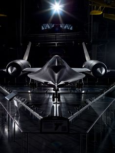 The Lockheed SR-71 Blackbird is the world's fastest jet and can fly anywhere in the world within hours. Vote Lockheed #SR71 #Blackbird as the most seriously amazing in the Smithsonian in this year's #SIShowdown.