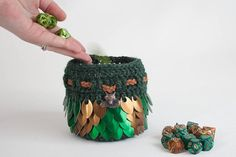 Hey, I found this really awesome Etsy listing at https://www.etsy.com/listing/517760056/fox-dice-bag-green-and-bronze-scalemail