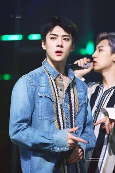 Find images and videos about kpop, exo and baekhyun on We Heart It - the app to get lost in what you love. Baekhyun, Sehun Hot, Oppa Gangnam Style, Exo Official, Exo Lockscreen, Kim Minseok, Exo Ot12, Hunhan, Exo Korean