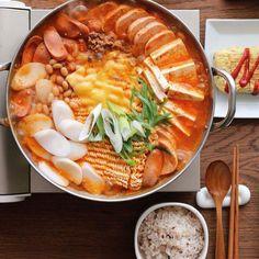 Spicy Recipes, Asian Recipes, Healthy Recipes, Rice Cake Recipes, I Love Food, Good Food, Yummy Food, K Food, Food Porn