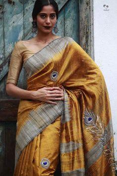 Queen of Hearts India Indian Sarees, Silk Sarees, Saris, Set Saree, Ethinic Wear, Elegant Saree, Casual Saree, Indian Outfits, Indian Clothes