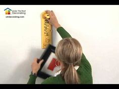 How to Hang a Picture with Hang & Level™ - The Picture Hanging Tool
