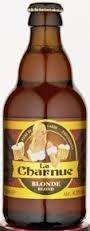 Cerveja La Charnue Blonde, estilo Biere de Garde, produzida por Brasserie Castelain, França. 8.5% ABV de álcool.