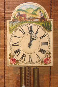 Forêt Noire horloge de bouclier peinte