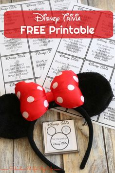 Disney Trivia - Free Printable- Disney Trivia – Free Printable This Disney Trivia Free Printable is a great Fish Extender gift for a Disney Cruise or if you're looking for a way to pass time waiting in line. Disney Games For Kids, Disney Activities, Disney Day, Disney Cruise, Disney Theme, Disney Stuff, Disney Honeymoon, Disney Family, Disney Magic