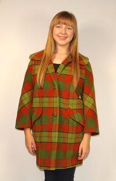 Retro 70s Tartan PLAID PEACOAT Women's Large XL Wool by keepdrawer