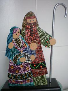 Sagrada Familia en madera.