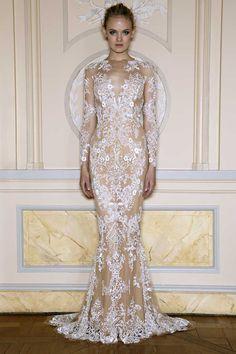 http://www.fashionwindows.com/wp-content/uploads/2012/10/zuhair_murad_S1332.jpg