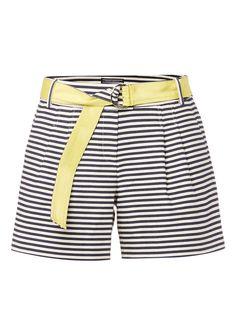 2a19ee4643 Shorts Jafit van Tommy Hilfiger is vervaardigd uit een stevige kwaliteit  katoen met een ingeweven streepdessin