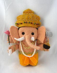 Look Lefant!  It's an elephant! Indian dolls made of felt. Amazing!
