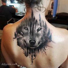 Wolf tattoo and wolf head - models and meaning in pictures - blondel patrick - - Tatouage loup et tête de loup - modèles et signification en images tattoo wolf back-large-size-head-wolves-meaning - Great Tattoos, Trendy Tattoos, Popular Tattoos, Leg Tattoos, Beautiful Tattoos, Body Art Tattoos, Sleeve Tattoos, Tatoos, Tattoo Sleeves