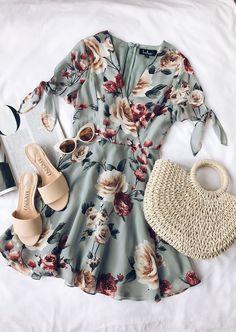Top Spring And Summer Outfits Women Ideas - Clothes Summer Outfits Women, Spring Outfits, Outfit Summer, Dress Summer, Summer Flats, Fashion Mode, Womens Fashion, Fashion Trends, Ladies Fashion