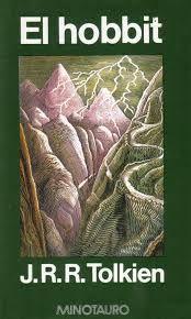 En una tranquila y solitaria tarde de invierno, la casa de Bilbo es invadida por trece enanos y un mago. Y Bilbo, un antihéroe nato, se ve obligado a participar en la búsqueda de un tesoro que guarda un dragón. Mundo fantástico, conexión mitología nórdica, narración redonda, humor y engaño. Valores: ayuda, superación, humor.