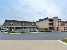North Little Rock (AR) Americas Best Value Inn  North Little Rock United States, North America Americas Best Value Inn North Little Rock is a popular choice amongst travelers in North Little Rock (AR), whether exploring or just passing through. Featuring a complete list of amenities, guests will find their stay at the property a comfortable one. Wi-Fi in public areas, car park, business center, laundry service, elevator are there for guest's enjoyment. All rooms are designed a...