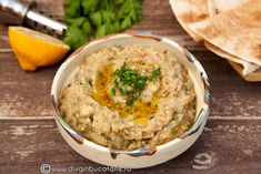 baba-ghanouj Romanian Food, Lebanese Recipes, Hummus, Food And Drink, Party, Healthy, Ethnic Recipes, Avocado, Salads