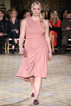 Inclusive Fashion Runways : ready to wear fashion