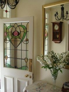 Stained glass door with a heart. Stained Glass Door, Custom Stained Glass, Stained Glass Designs, Stained Glass Panels, Stained Glass Projects, Stained Glass Patterns, Leaded Glass, Mosaic Glass, Glass Doors