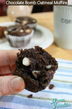 Healthy Chocolate Bomb! Oatmeal Muffins