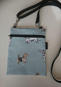 Koira pikkulaukku