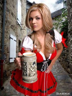 Oktoberfest Girls Special 2015 - Page 3 Octoberfest Girls, Drindl Dress, Belted Dress, Beer Maid, I Like Beer, Beer Girl, German Beer, German Girls, Beer Festival