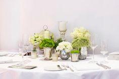 Centrotavola verde per il banchetto di nozze colorato