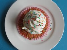 Healthy funfetti cupcakes for 2!