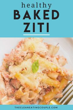 Healthy Baked Ziti is a lighter twist on a classic Italian dish. Made with ground turkey, ricotta and whole wheat pasta, it's a hearty meal the anyone will love! You can substitute ground beef, or leave the meat out to make it vegetarian. This easy dish is SO good! #bakedziti #healthy #recipe #pasta Healthy Beef Recipes, Easy Clean Eating Recipes, Clean Eating Diet, Healthy Pastas, Lunch Recipes, Ww Recipes, Easy Meal Prep, Healthy Meal Prep, Healthy Baking