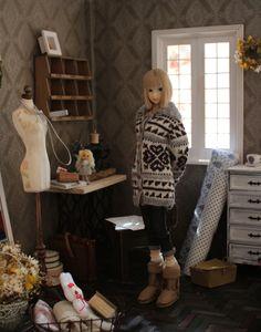 Momoko doll sewing room