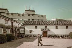 Ohara Museum of Art. Kurashiki Japan. . . . #kurashiki #travel #japan #bikan #ohara #oharamuseum #patio #art #viaje #japon #日本 #旅行 #canon #eos #eosm #photography #photographer #streetphotography #martinepelde