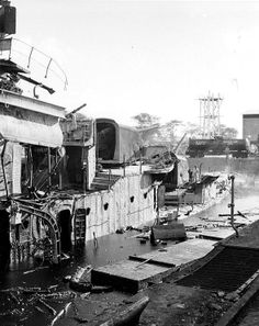 USS Downes 375 by Eric Starboard view of destroyer Downes, burned out and sunk in Pearl Harbor Navy Yard's Drydock Number One, 7 Dec 1941 Pearl Harbor Ww2, Pearl Harbor Attack, Naval History, Military History, Art History, Uss Pennsylvania, Remember Pearl Harbor, Uss Arizona Memorial, Navy Ships